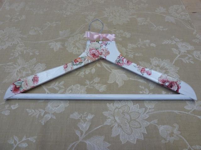 decoupage hanger